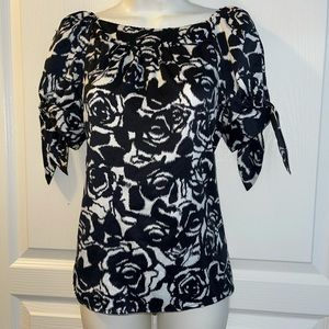 Ninety Floral Print bow tie sleeve Blouse Size PS